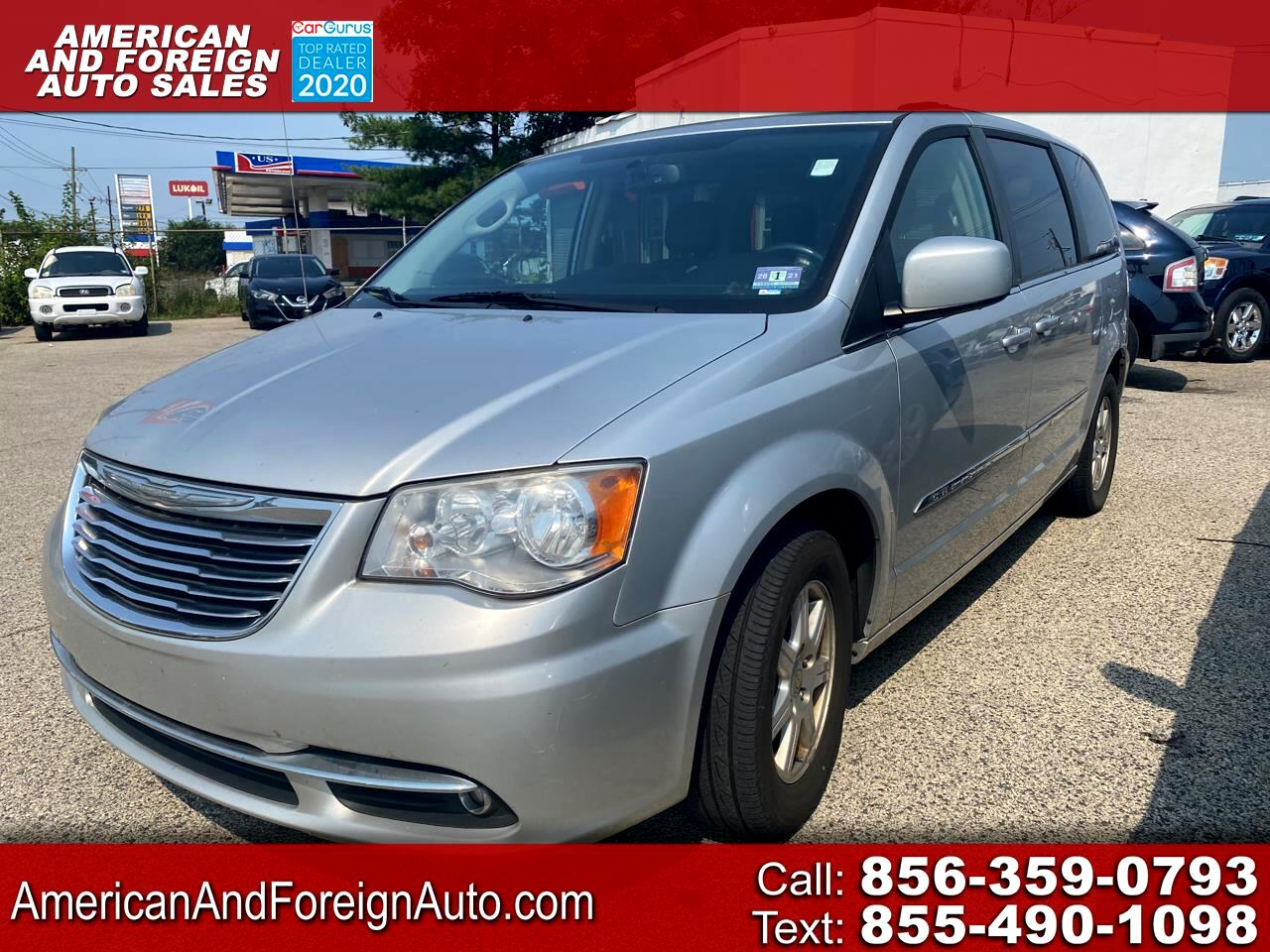 Chrysler Town & Country 4dr Wgn Touring 2012