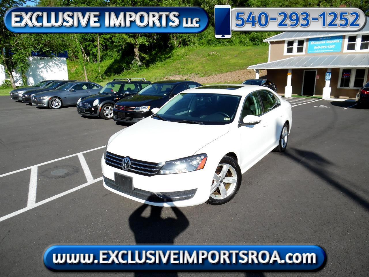 Volkswagen Passat 4dr Sdn 2.5L Auto SE w/Sunroof & Nav PZEV 2012