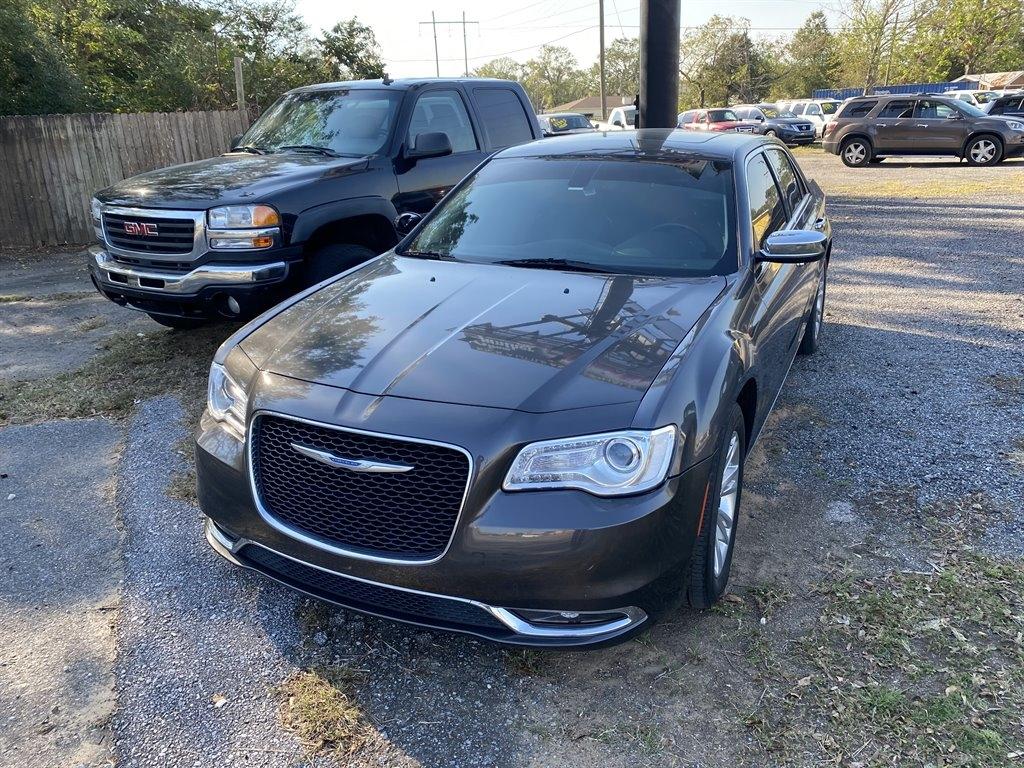 Chrysler 300 Limited RWD 2017