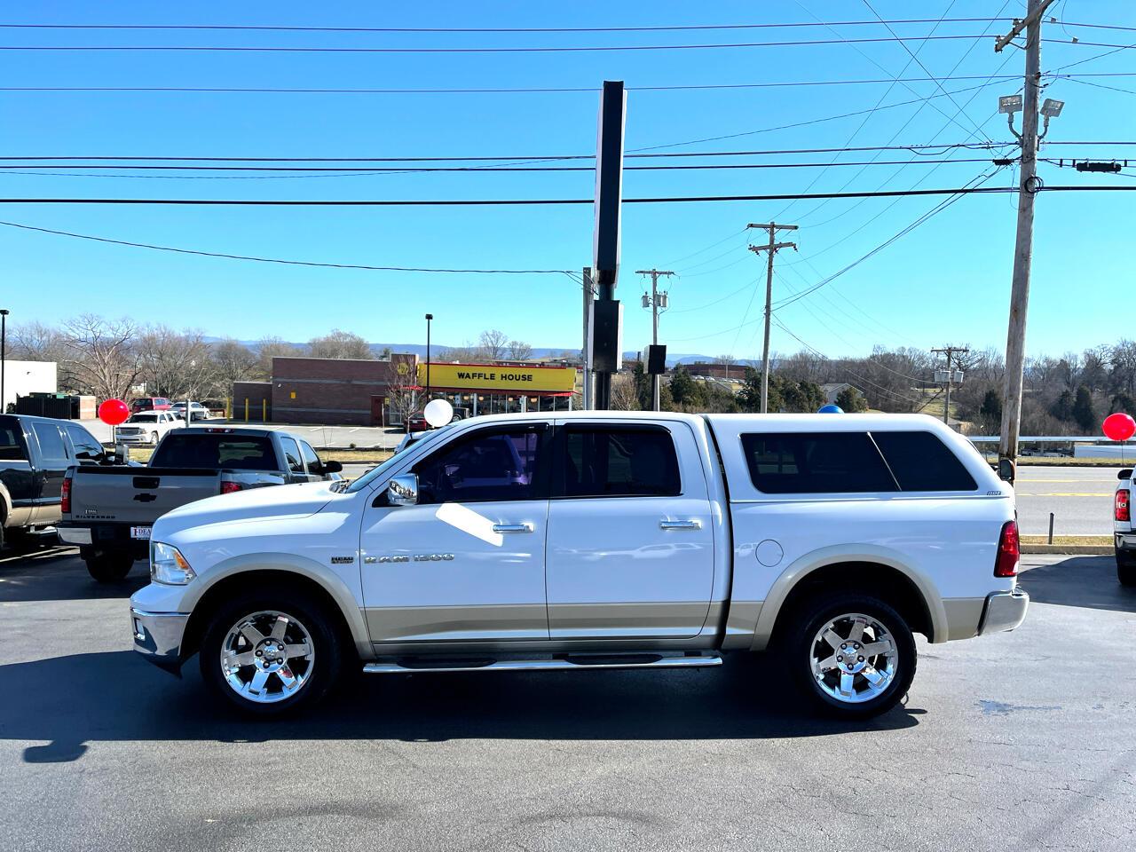 """RAM 1500 4WD Crew Cab 140.5"""" Laramie 2011"""