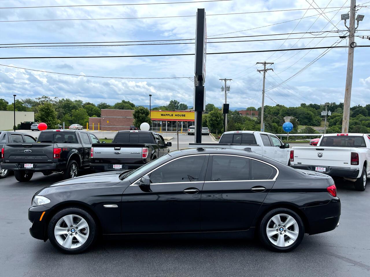 BMW 5 Series 4dr Sdn 528i RWD 2013