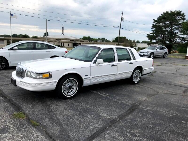 1996 Lincoln Town Car Executive