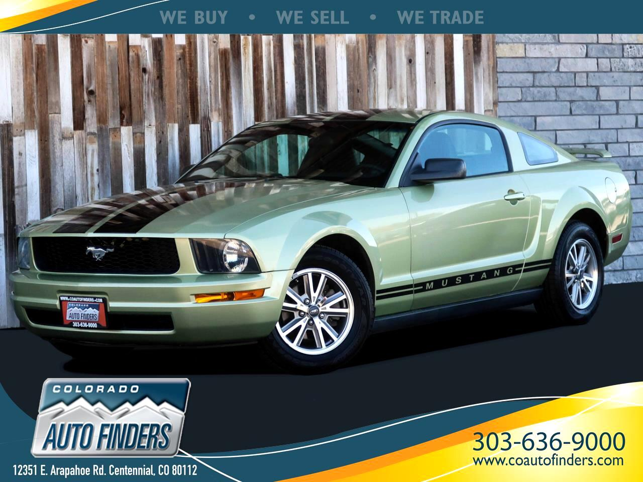 Ford Mustang V6 Deluxe Coupe 2005