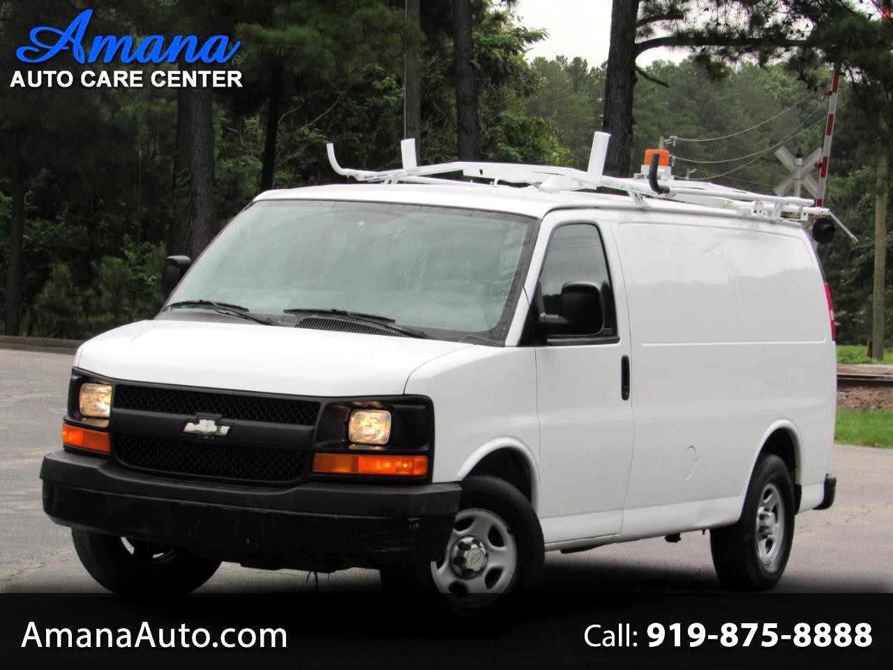 "Chevrolet Express Cargo Van 1500 135"" WB RWD 2006"