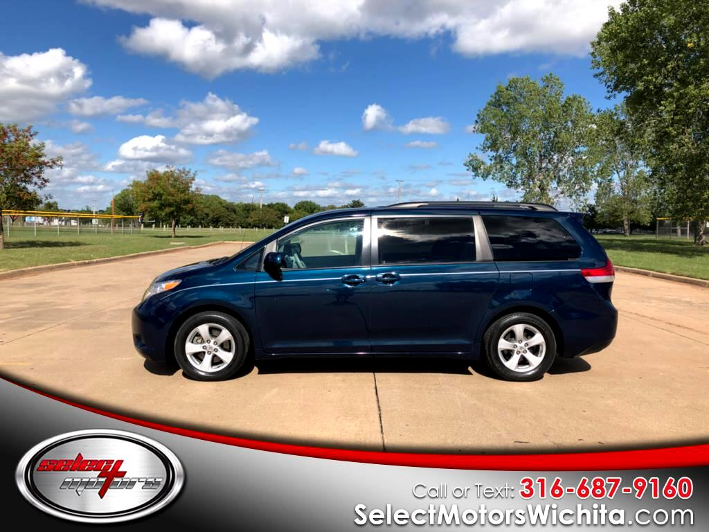 2011 Toyota Sienna 5dr 7-Pass Van V6 LE FWD (Natl)
