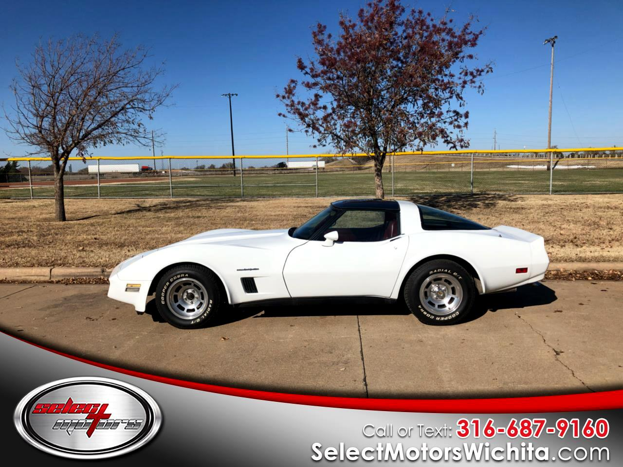 1982 Chevrolet Corvette 2dr Coupe