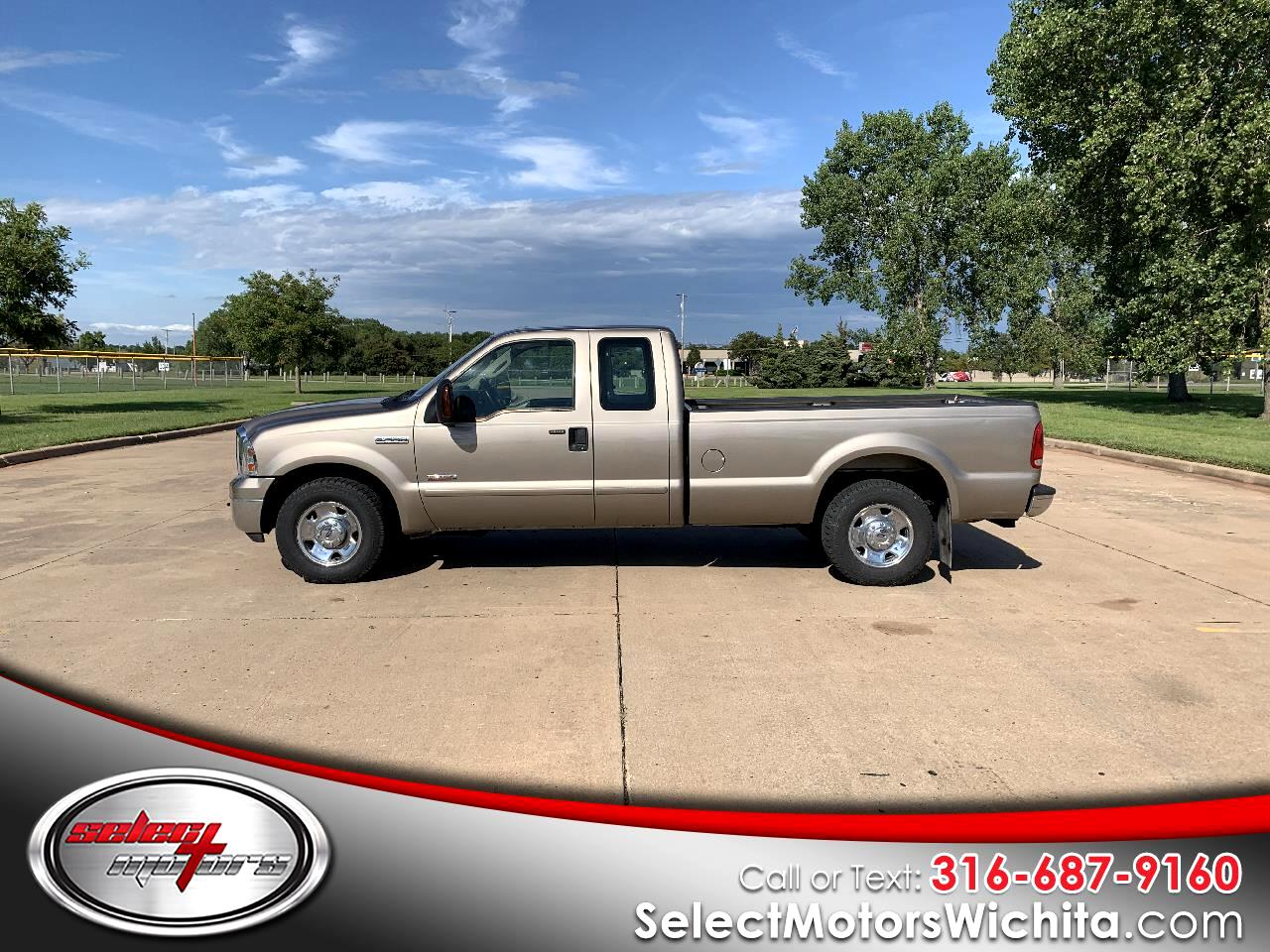 2006 Ford Super Duty F-250 2WD Crew Cab 156