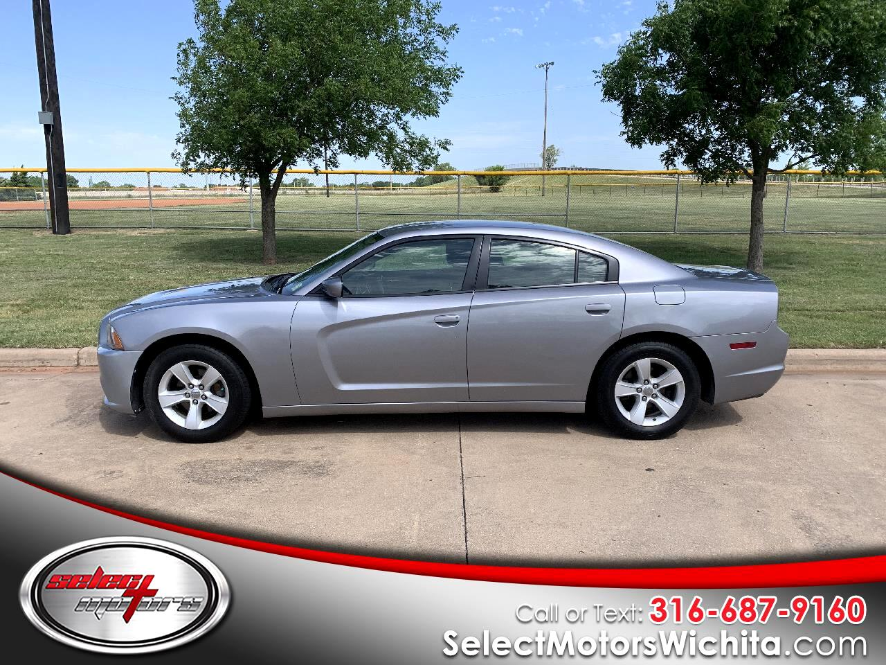 Dodge Charger 4dr Sdn SE RWD 2013