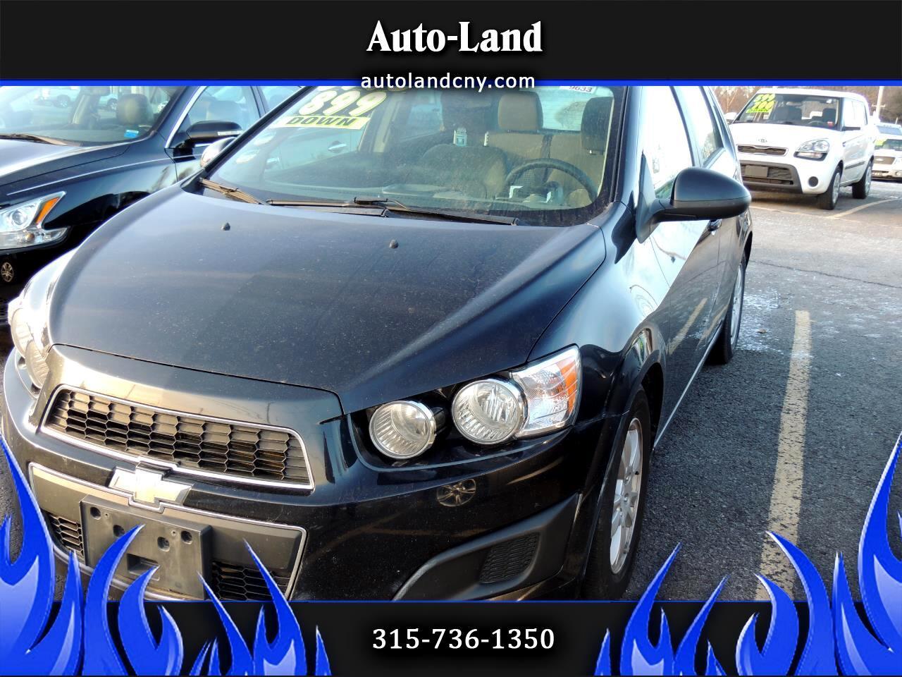 Chevrolet Sonic 1LS 5-Door 2012