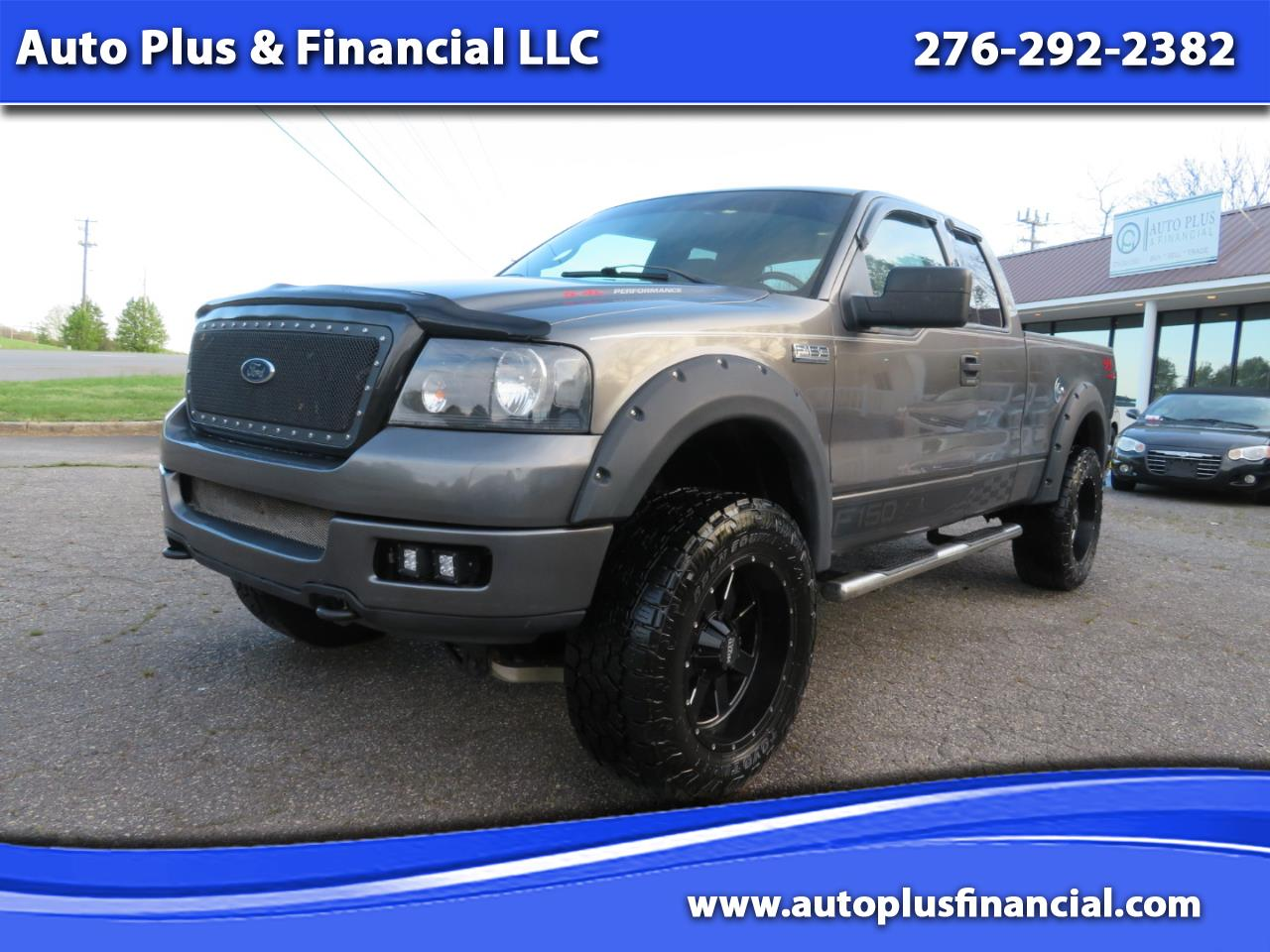 """Ford F-150 Supercab 145"""" Lariat 4WD 2004"""