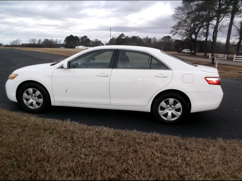 2009 Toyota Camry 2014.5 4dr Sdn I4 Auto LE (Natl)