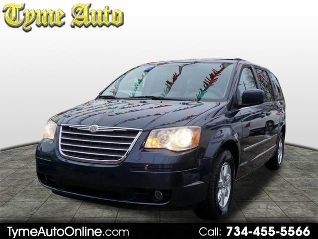 Chrysler Town & Country 4dr Wgn Touring 2009