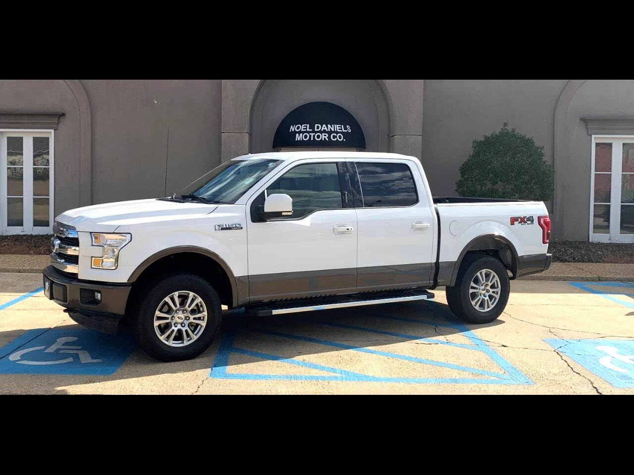 "2017 Ford F-150 4WD SuperCab 145"" Lariat"