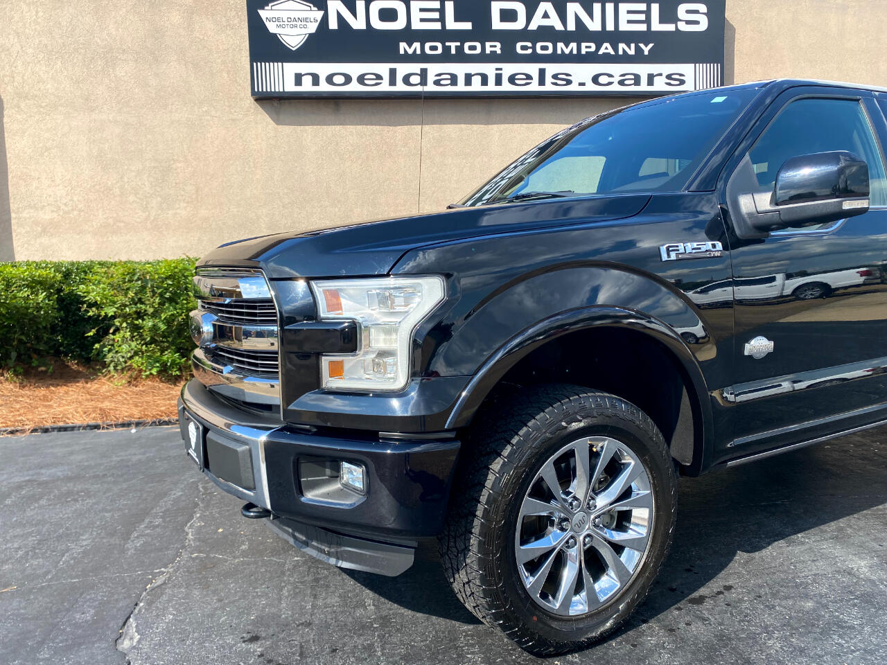 """2016 Ford F-150 4WD SuperCrew 139"""" King Ranch"""