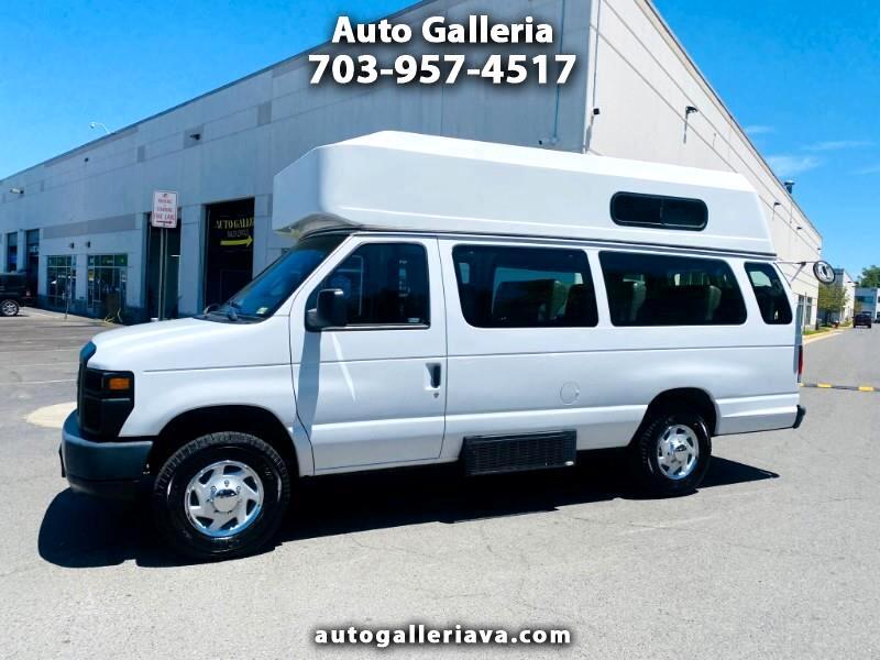 2013 Ford Econoline E-350 Super Duty Extended Passenger Van