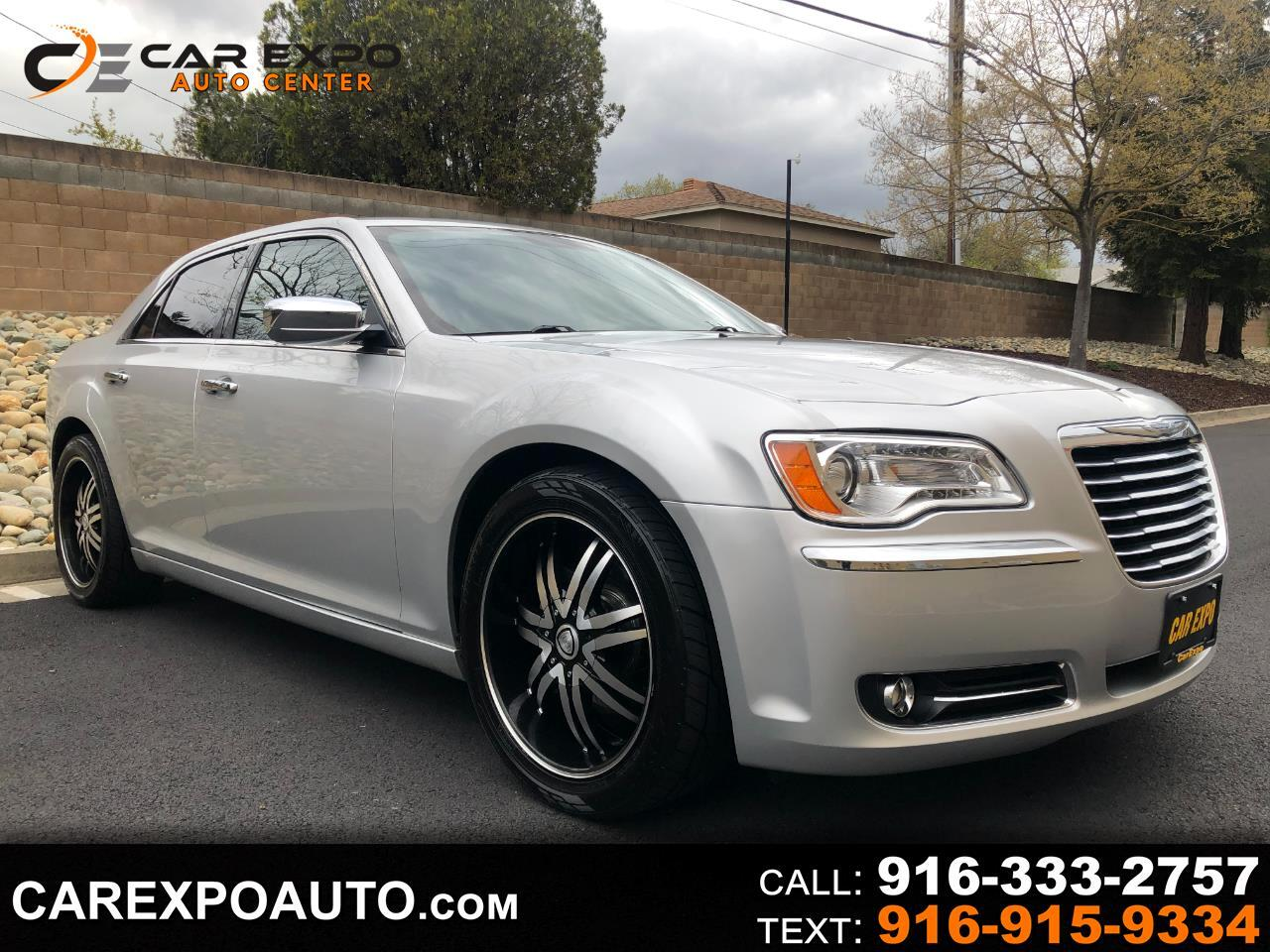 Chrysler 300 4dr Sdn V6 Limited RWD 2012