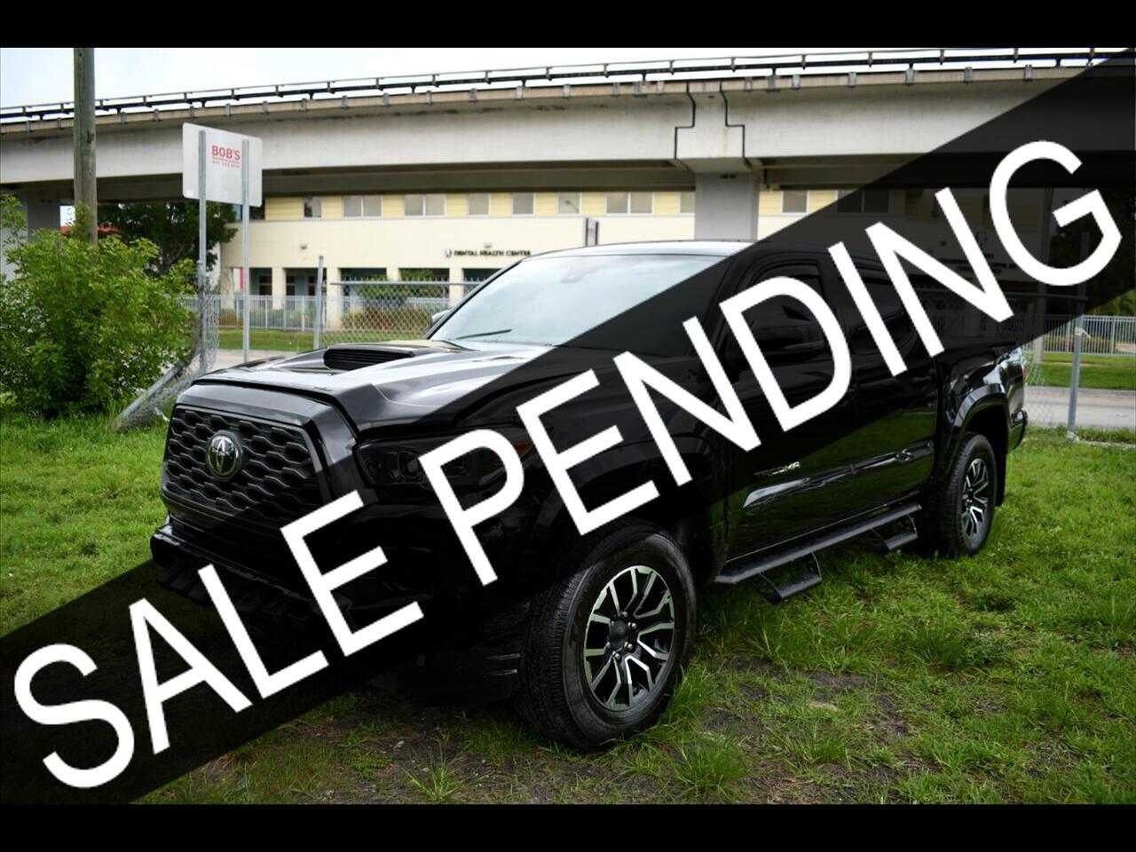 2020 Toyota Tacoma SR5 Pickup 4D 5 ft