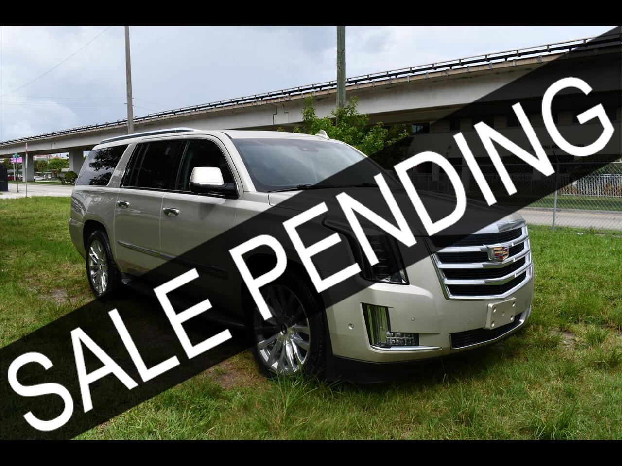 2017 Cadillac Escalade Luxury Sport Utility 4D