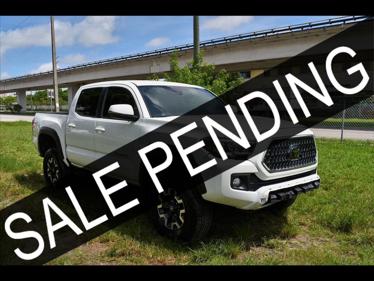 2018 Toyota Tacoma TRD Off-Road Pickup 4D 5 ft