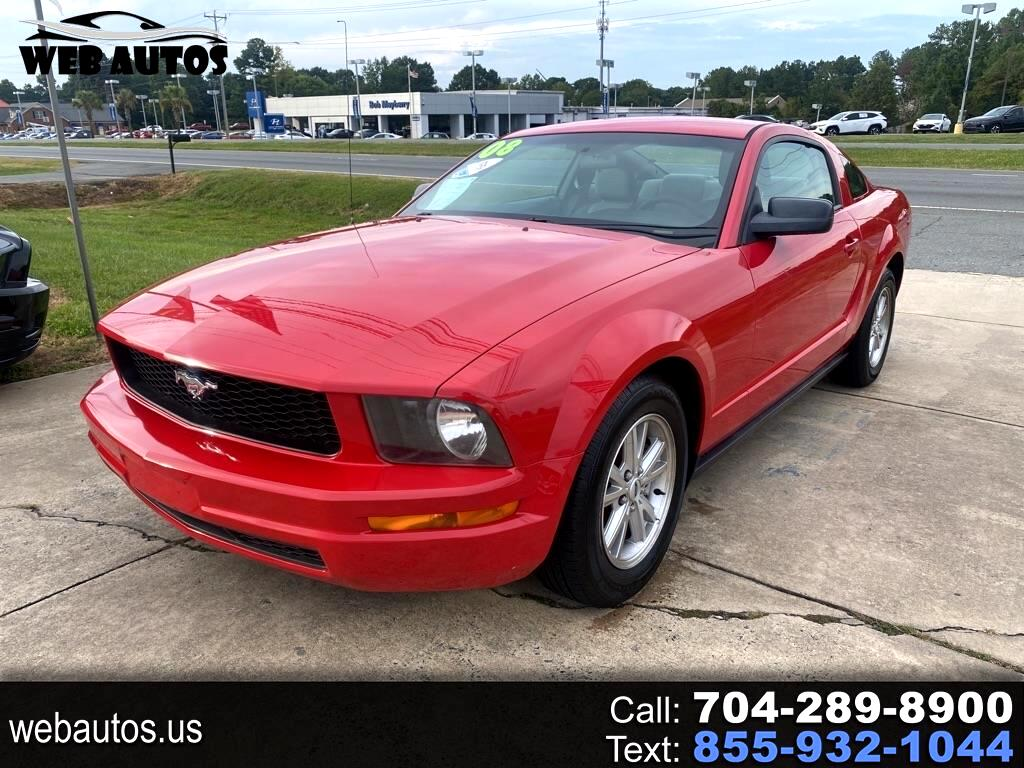 Ford Mustang V6 Deluxe Coupe 2008