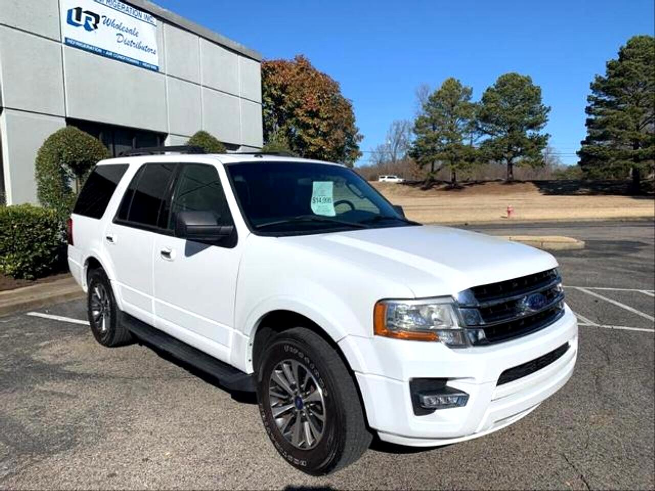 """Ford Expedition 119"""" WB XLT 2015"""