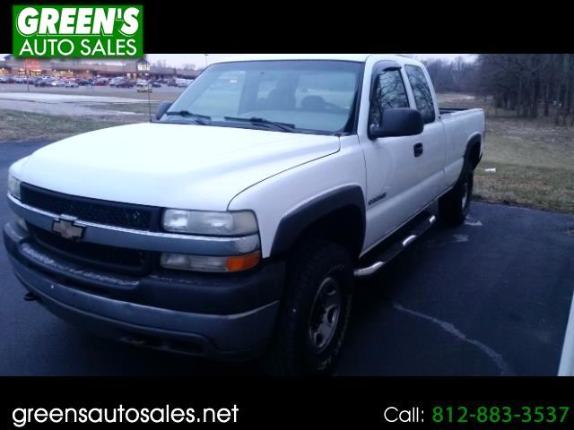 2002 Chevrolet Silverado 2500HD LS Ext. Cab Long Bed 4WD
