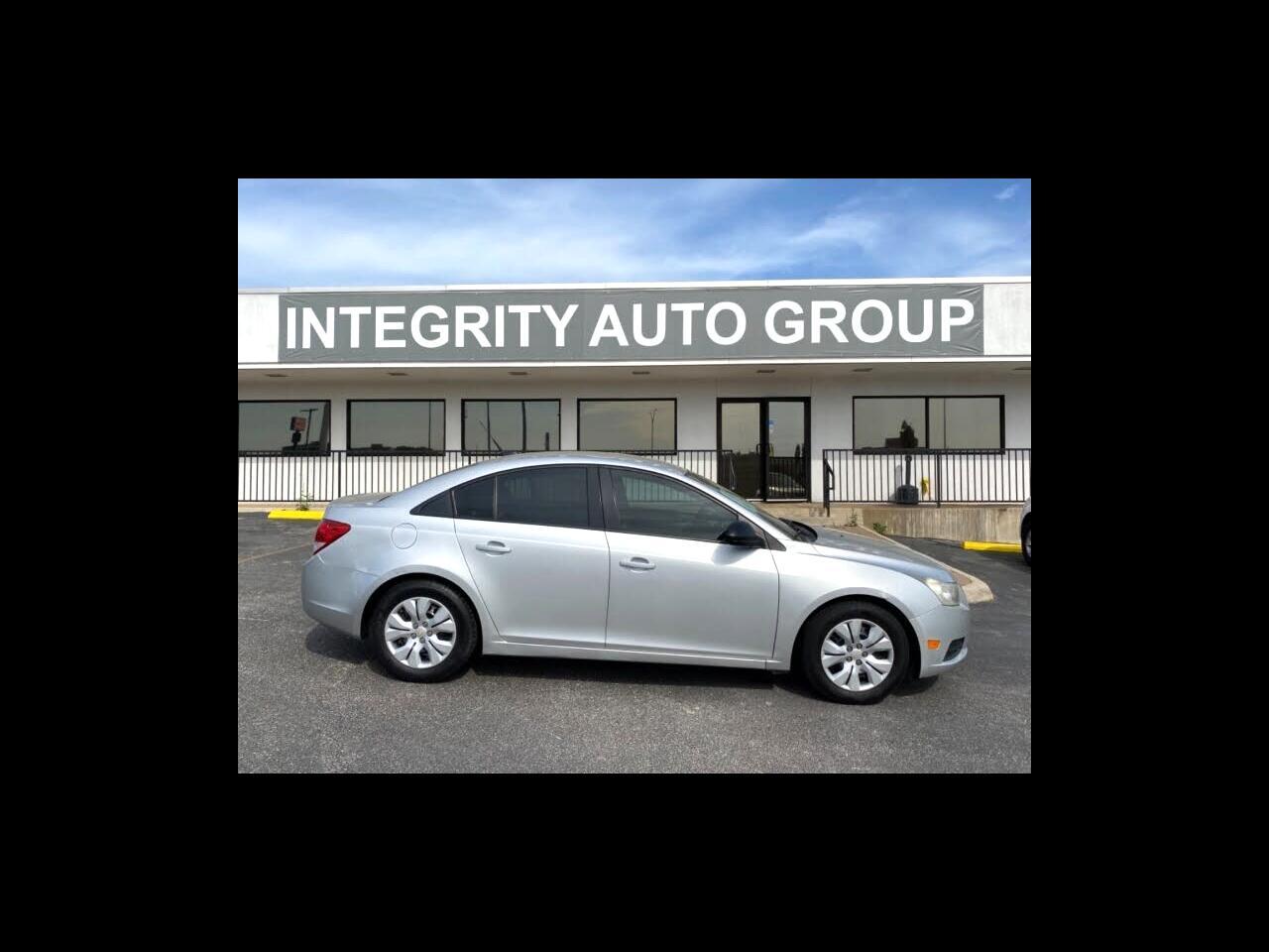 2013 Chevrolet Cruze 4dr Sdn Auto LS
