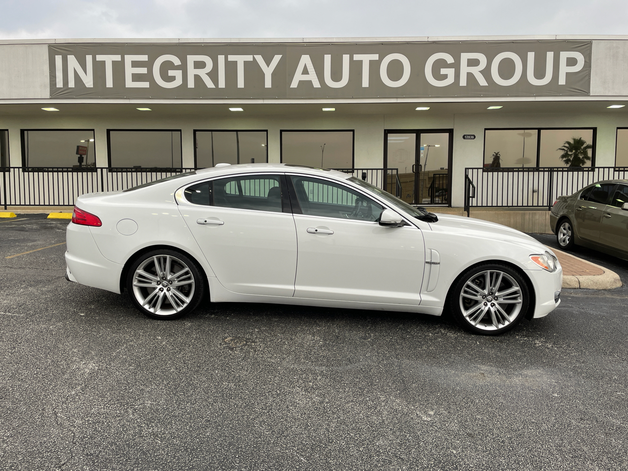 2011 Jaguar XF 4dr Sdn Supercharged