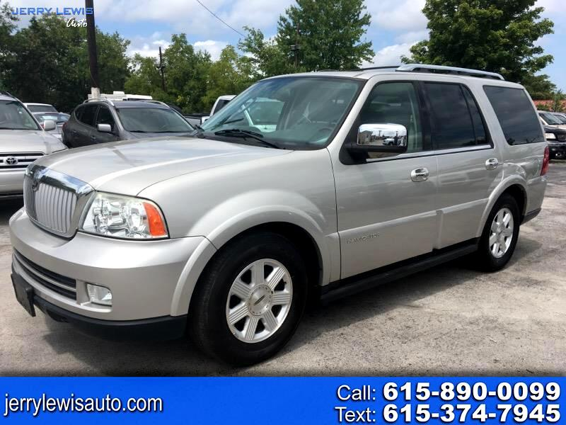 Lincoln Navigator Luxury 2WD 2005