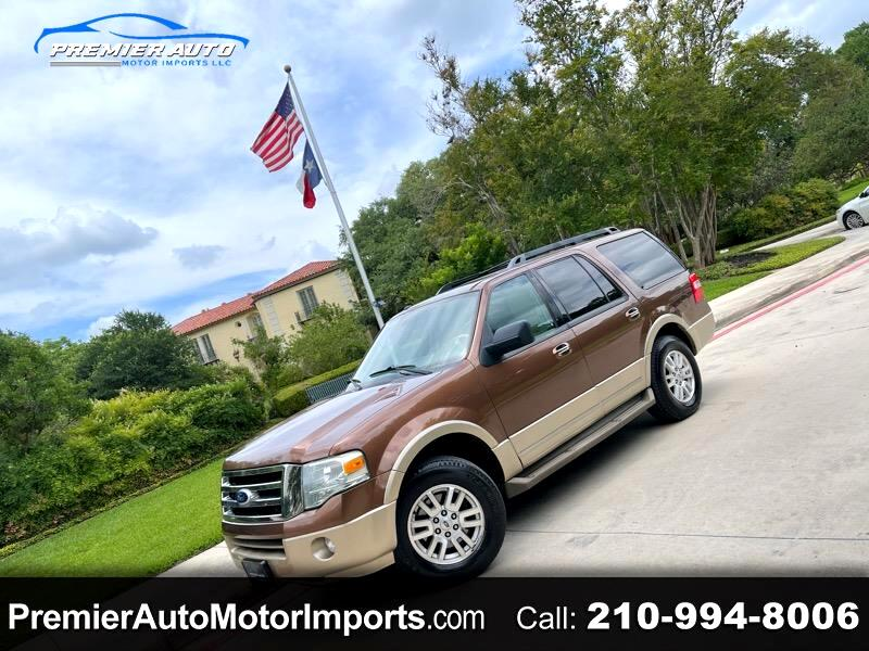 Ford Expedition XLT 5.4L 2WD 2011