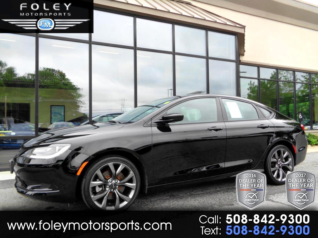 2015 Chrysler 200 4dr Sdn S AWD