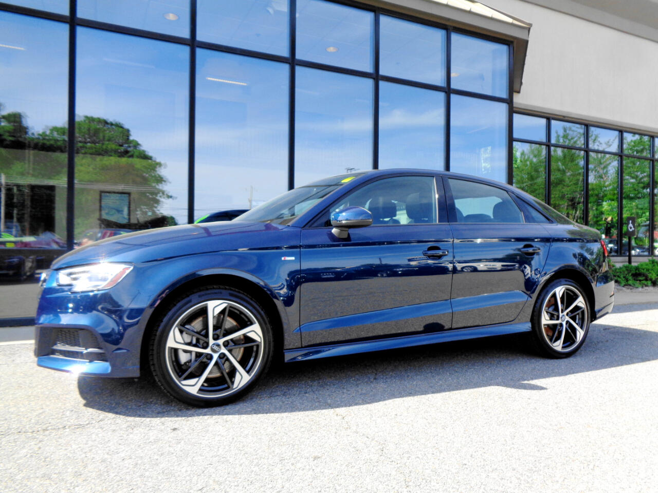 Audi A3 Sedan S line Premium 45 TFSI quattro 2020