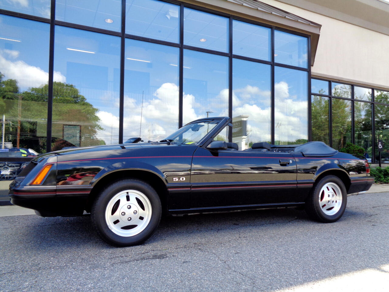 Ford Mustang GLX Convertible 1983