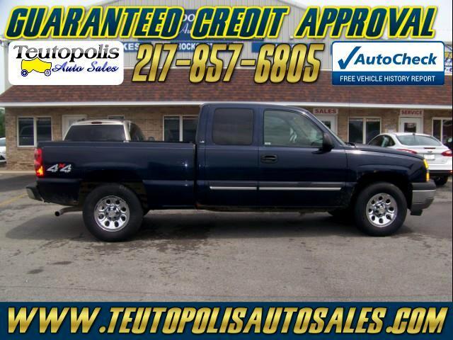 2005 Chevrolet Silverado 1500 Work Truck Ext. Cab Short Bed 4WD