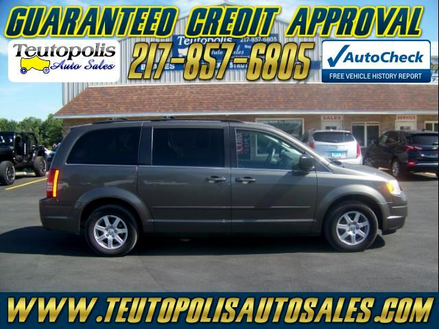 2010 Chrysler Town & Country Voyager