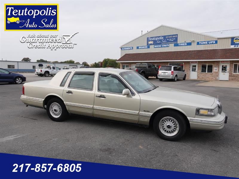 Lincoln Town Car 4dr Sdn Signature 1997