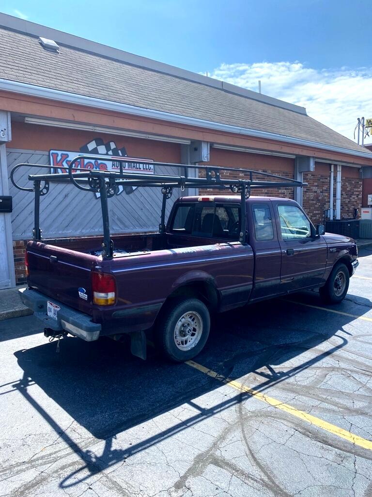 "Ford Ranger 108"" WB XL 1993"