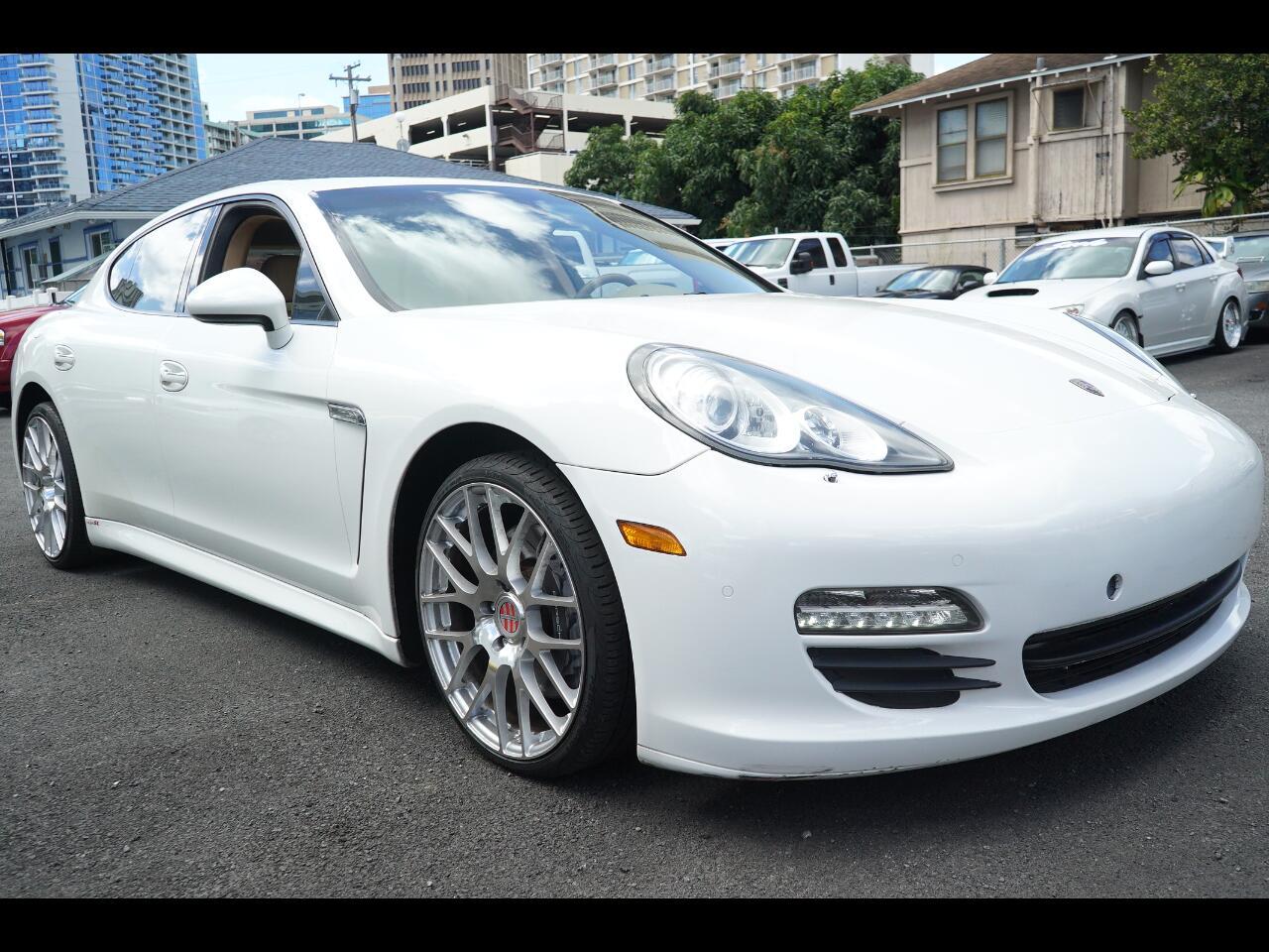 2012 Porsche Panamera 4dr HB
