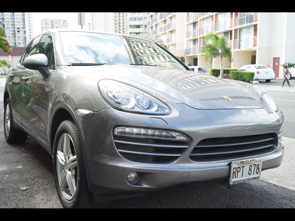 2012 Porsche Cayenne AWD 4dr Manual