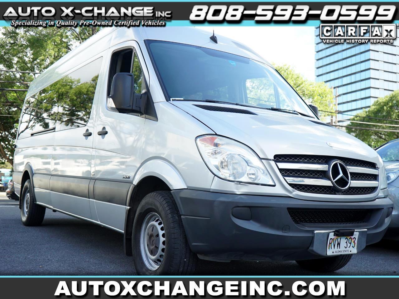 """Mercedes-Benz Sprinter Passenger Vans 2500 170"""" 2012"""