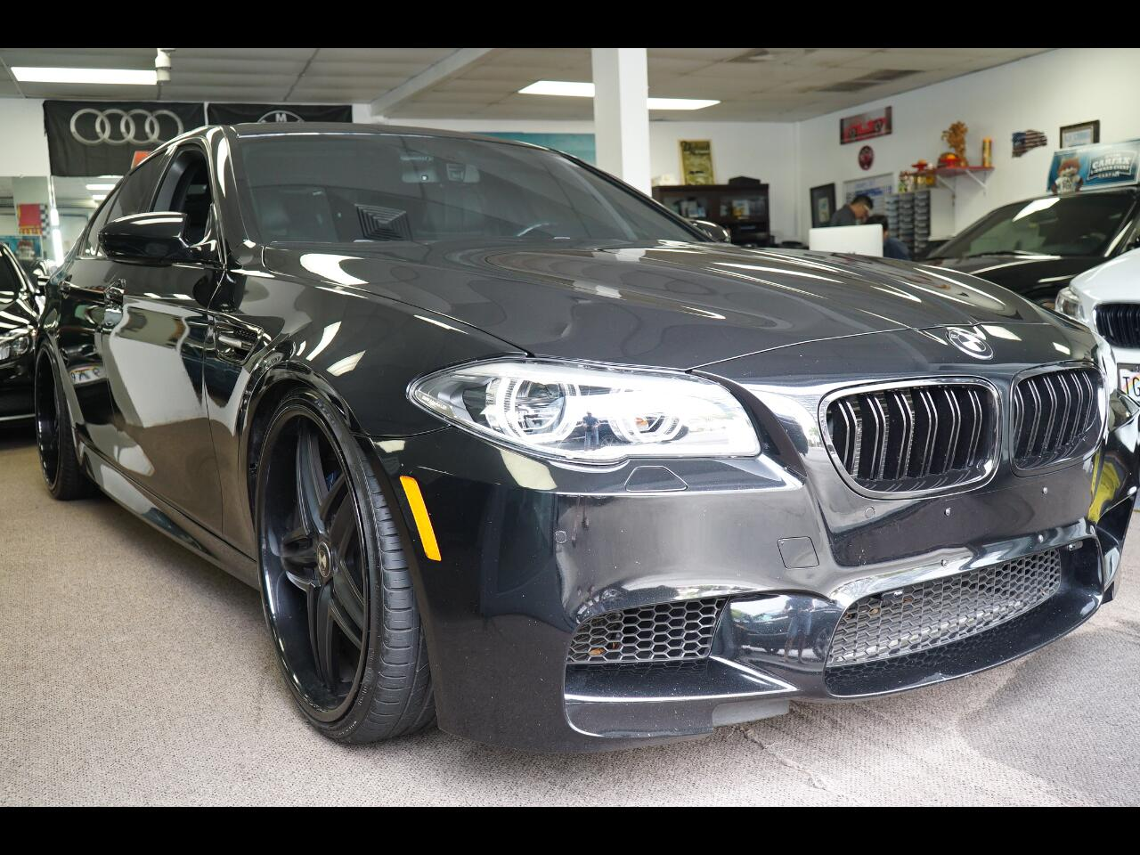2015 BMW M5 4dr Sdn