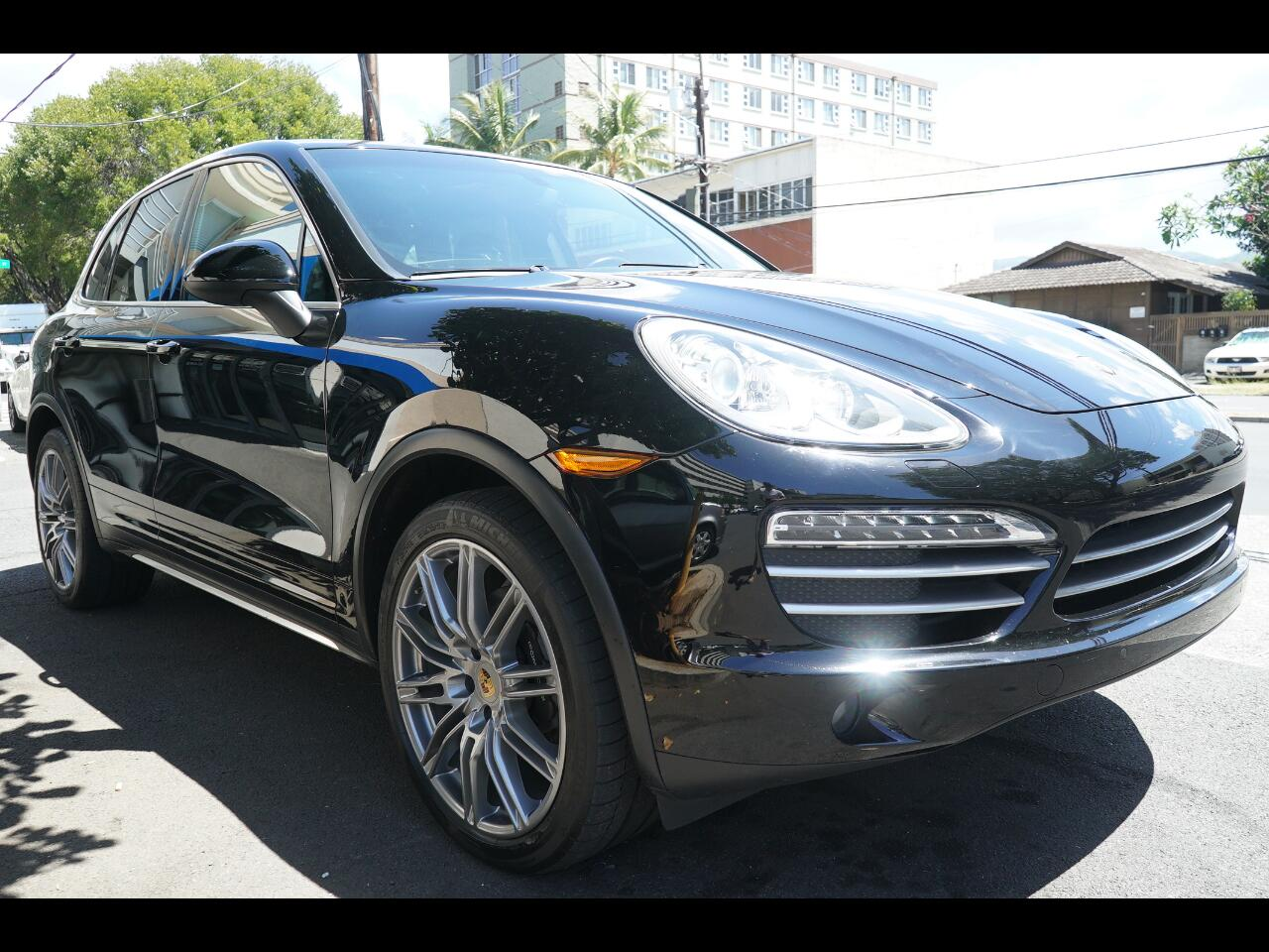 2014 Porsche Cayenne AWD 4dr Manual