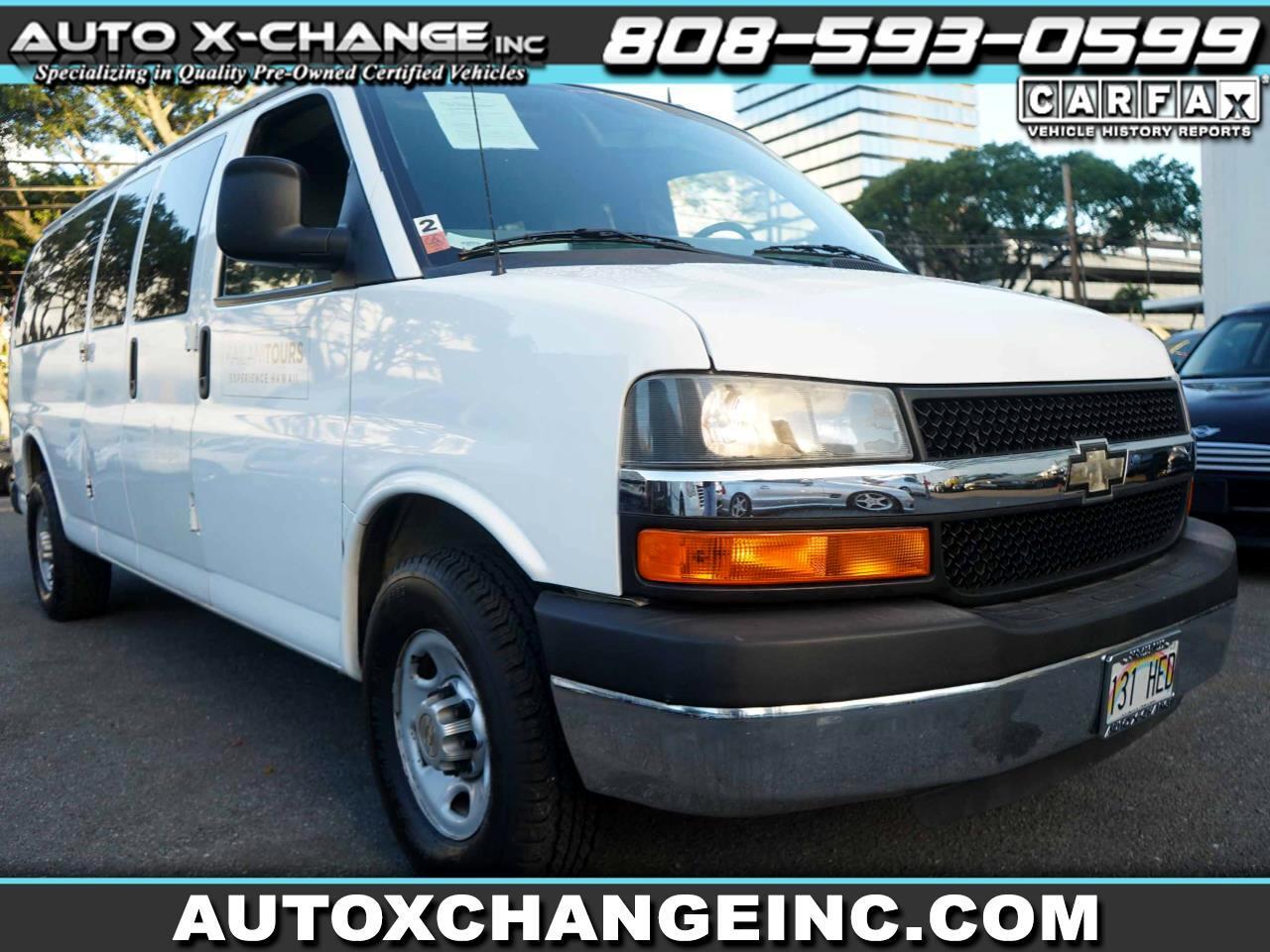 "Chevrolet Express Passenger RWD 3500 155"" 1LS 2012"