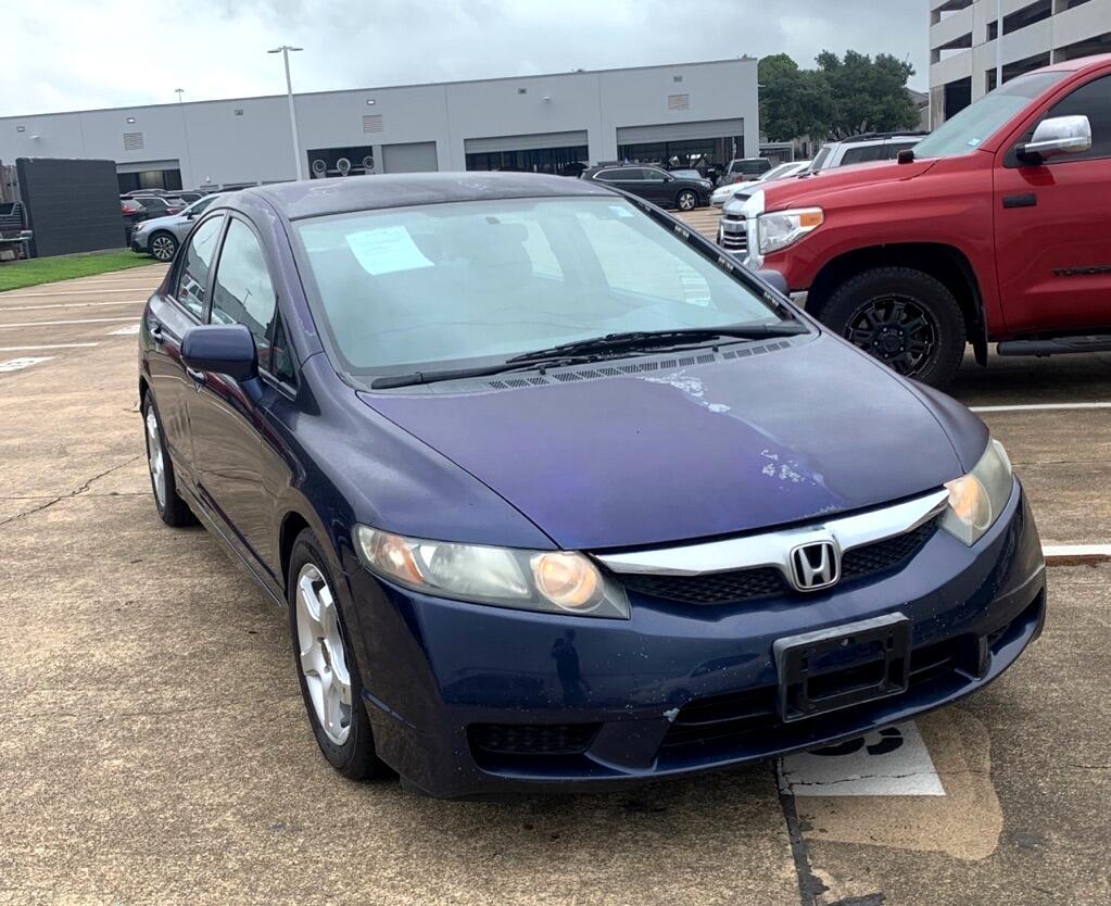 Honda Civic LX Sedan 5-Speed AT 2010
