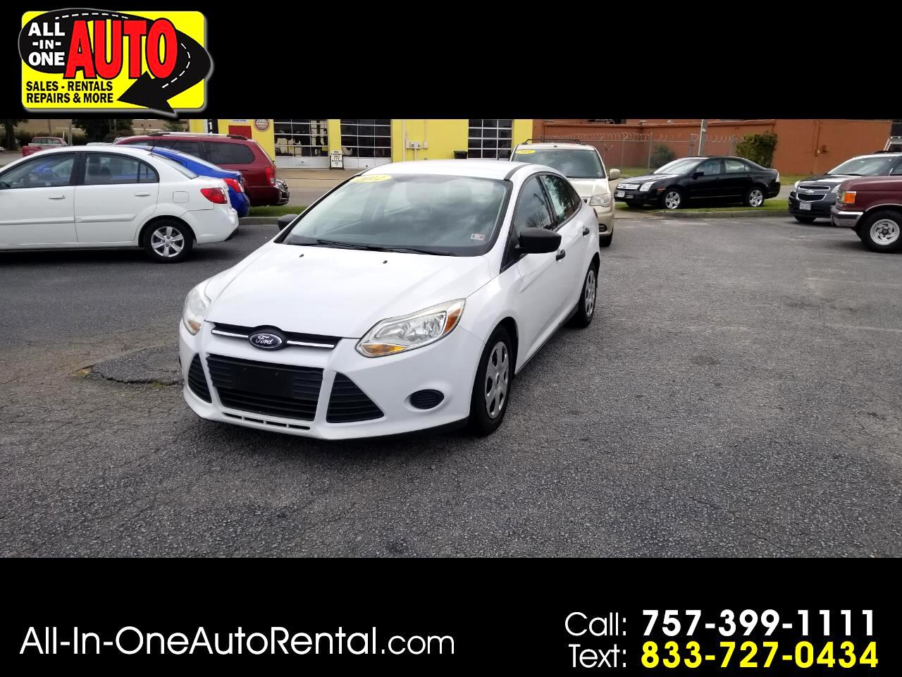 Ford Focus 4dr Sdn S 2012