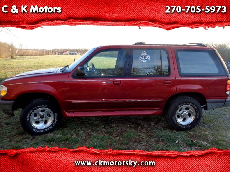 1997 Ford Explorer XLT 4-Door 4WD