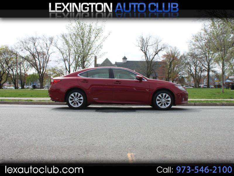 Lexus ES 300h Sedan 2013