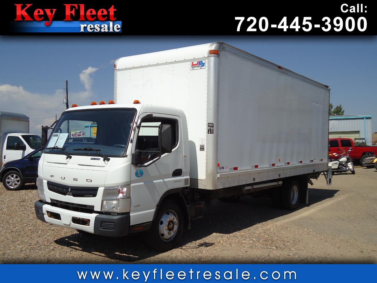 2014 Mitsubishi Fuso FE 20 Foot Box Truck with Lifgate