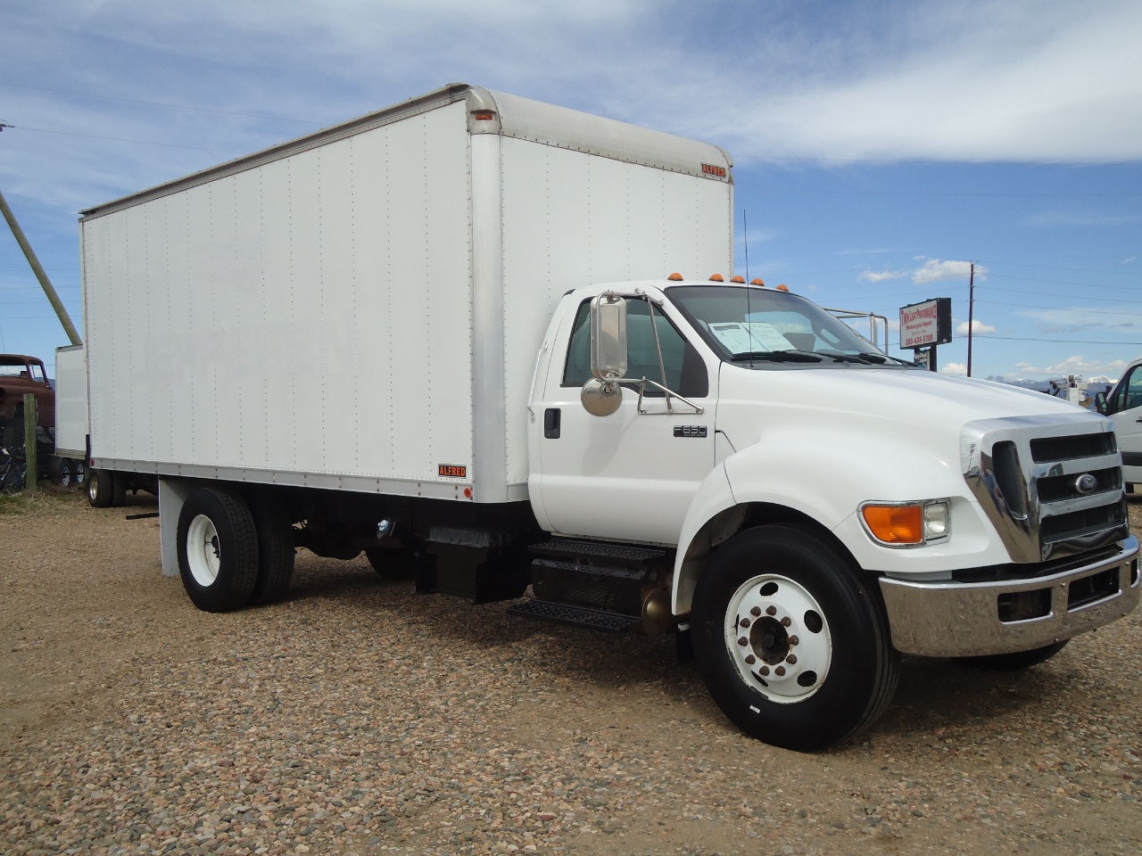 Ford F-650  2011