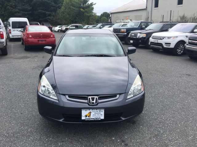 2004 Honda Accord 4dr Sedan LX Auto